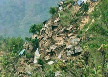 Sindhupalchok-Bhotang-quake-450x320
